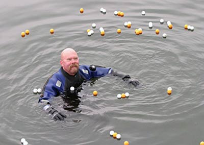 Jamie Hyneman using ping pong balls